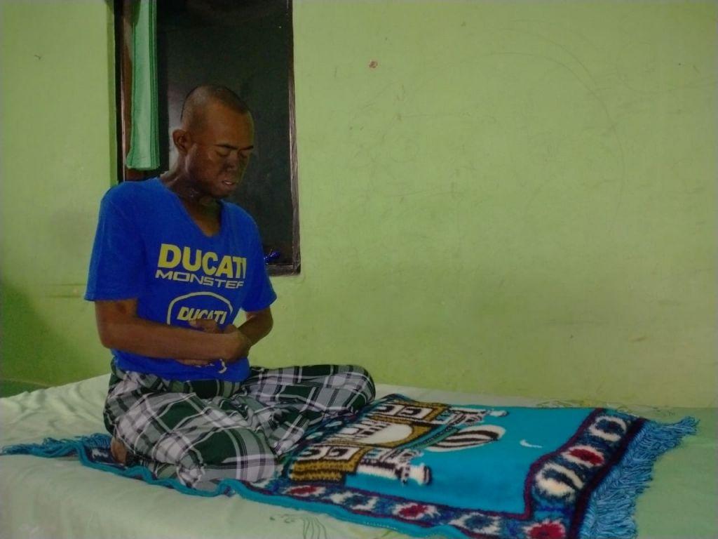 Sharing Happiness   Pak Yana Ingin Sembuh Dari Kanker ...